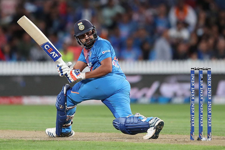 Rohit Sharma started things nicely with a quickfire 64