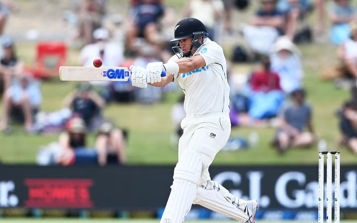Ross Taylor and skipper Kane Willliamson see NZ through to win WTC final