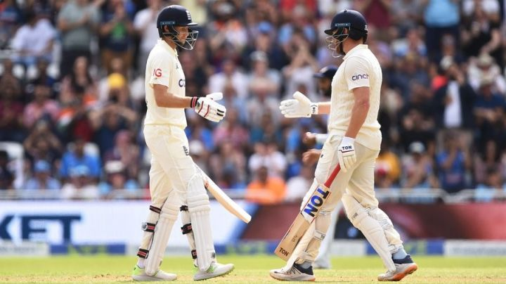 Bairstow aggregates fifty.