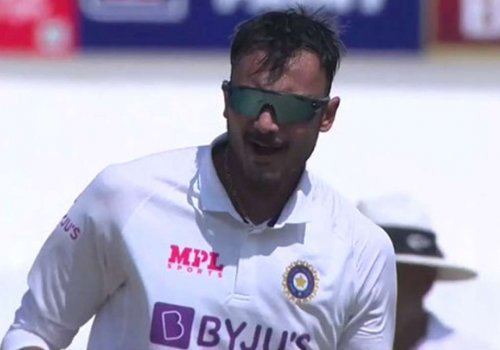Another day another hatful of wicket – Axar Patel