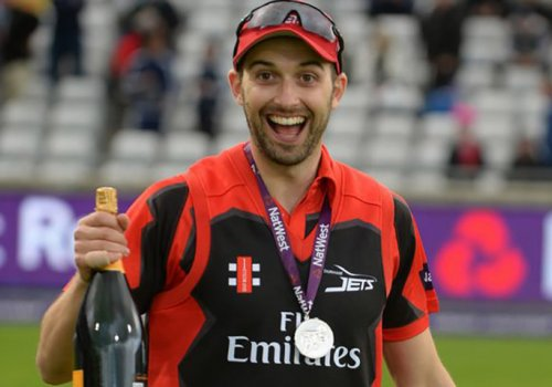 Mark Wood was the pick of the bowlers in the 3rd game of the T20 series