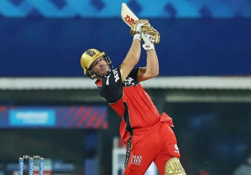 AB de Villiers blasted a quick fire 76 to set an imposing target