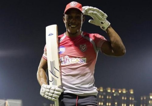 Sheldon Cottrell West Indian test player sponsored by Woodstock
